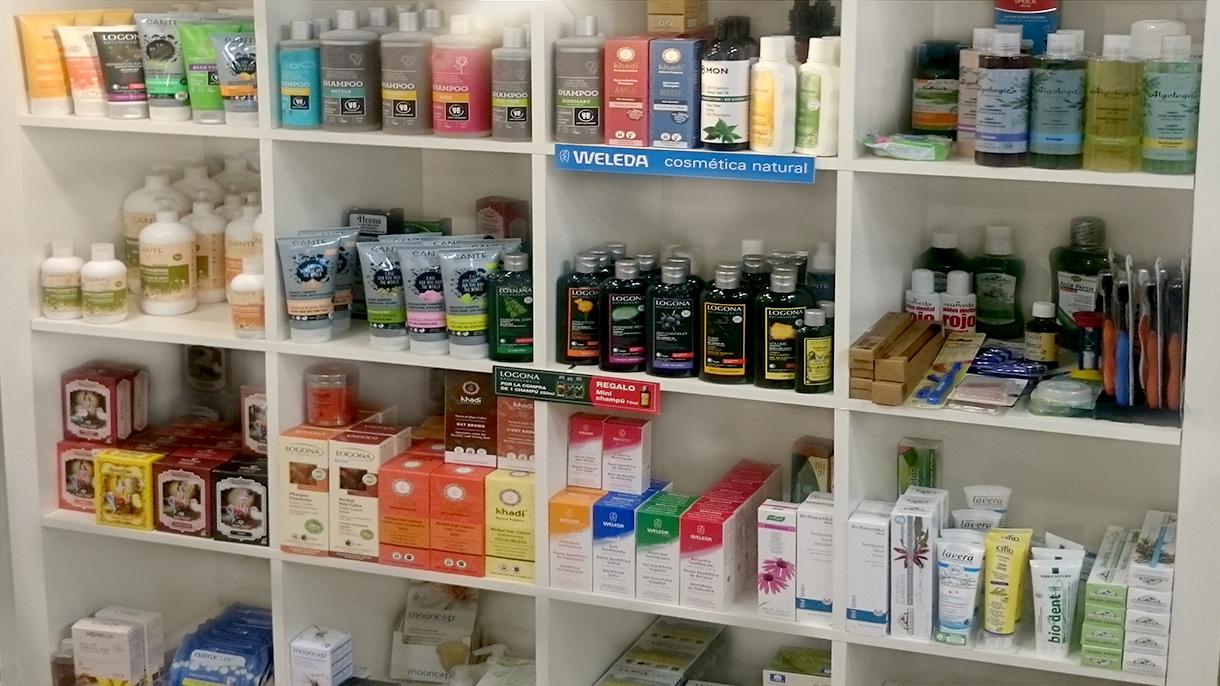 Cosmetica en Premdan. ecoespacio, ecotienda premdan, articulos ecologicos, productos de weleda, logona, Dr Hauschka, sante, etc
