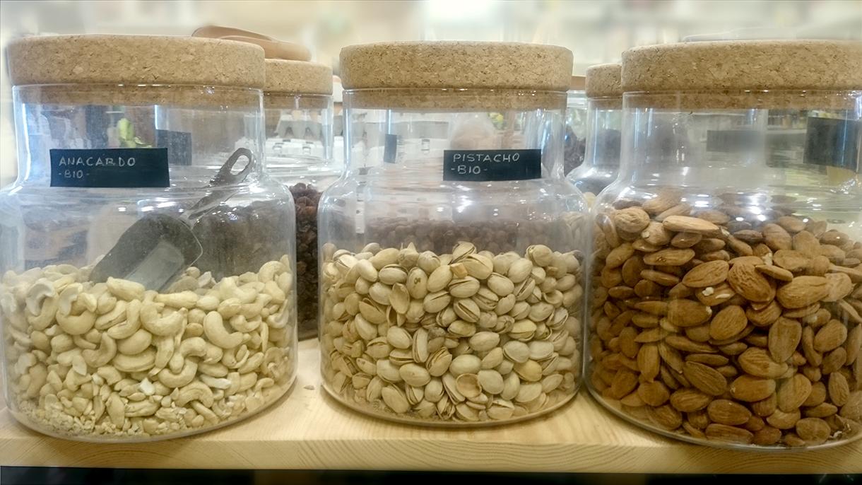 alimentos frutos secos, alimentacion ecologica en premdan ecoespacio